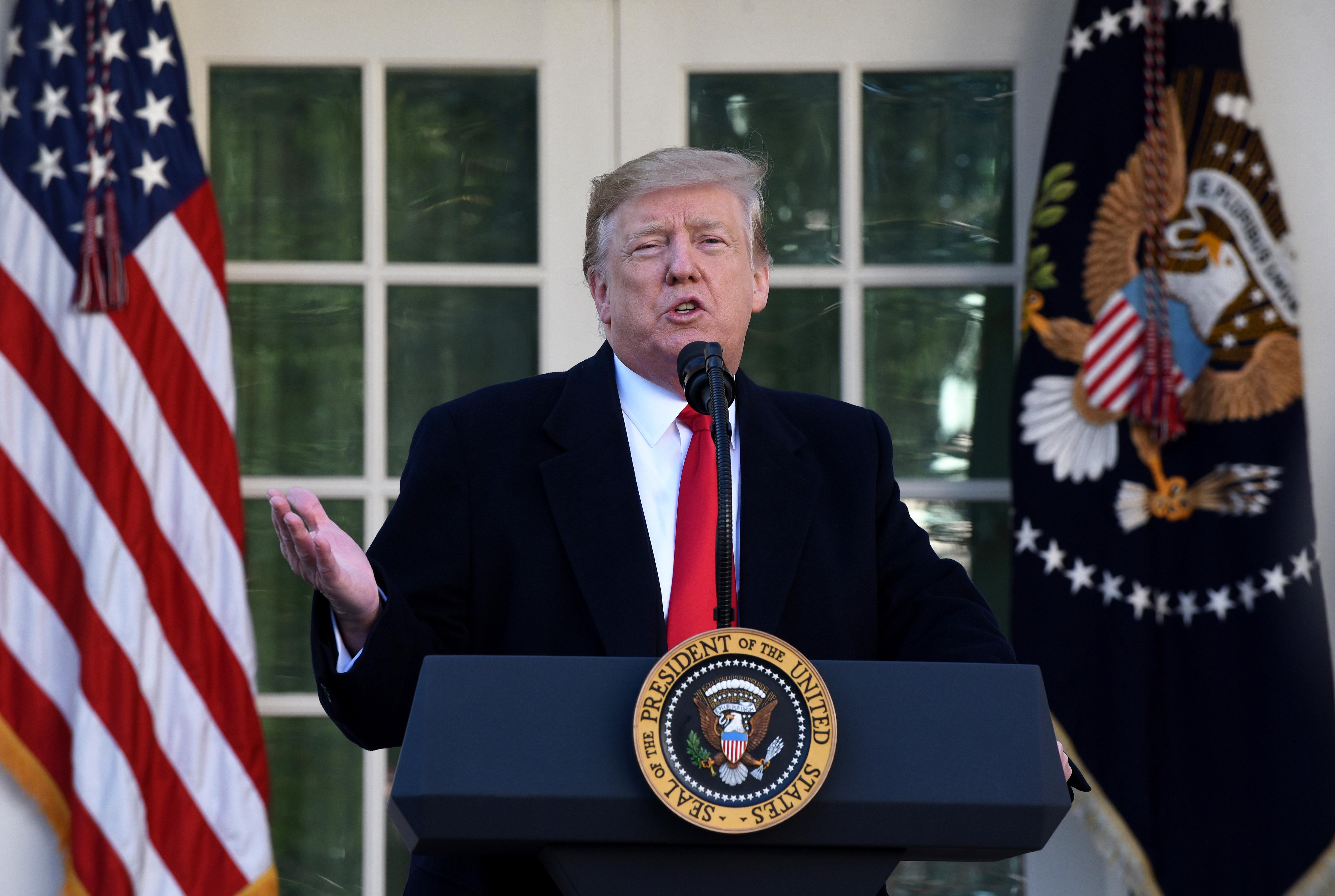 特朗普和國會達短期協議 暫時結束政府關門