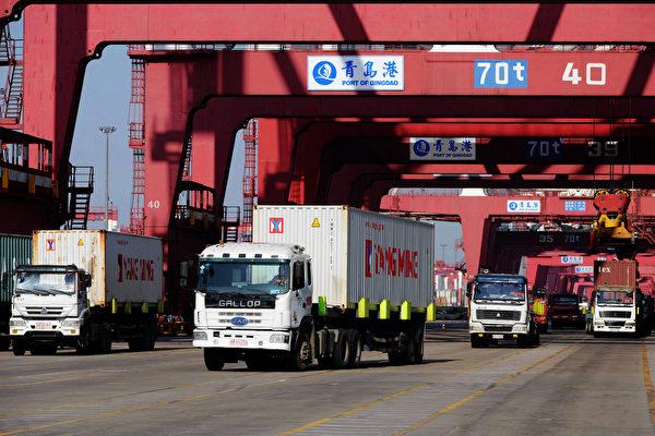 5月10日,特朗普政府正式對中國2000億美元商品徵收25%關稅。(STR/AFP/Getty Images)
