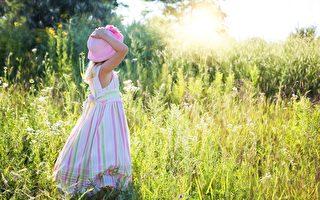 历经三次手术 墨尔本小女孩开始校园生活
