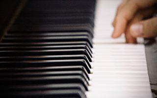 墨爾本鋼琴「師奶」 96歲仍登台獻藝
