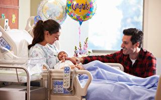 新年钟声响过 多伦多迎来两名新年宝宝
