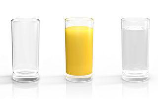 《加拿大饮食指南》新变化:橙汁或被水淘汰