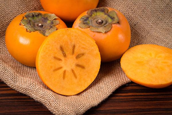 柿子營養價值高,有降膽固醇、降血壓、抗發炎等功效。