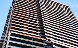 墨爾本市區大樓發生火災 易燃包層引關注