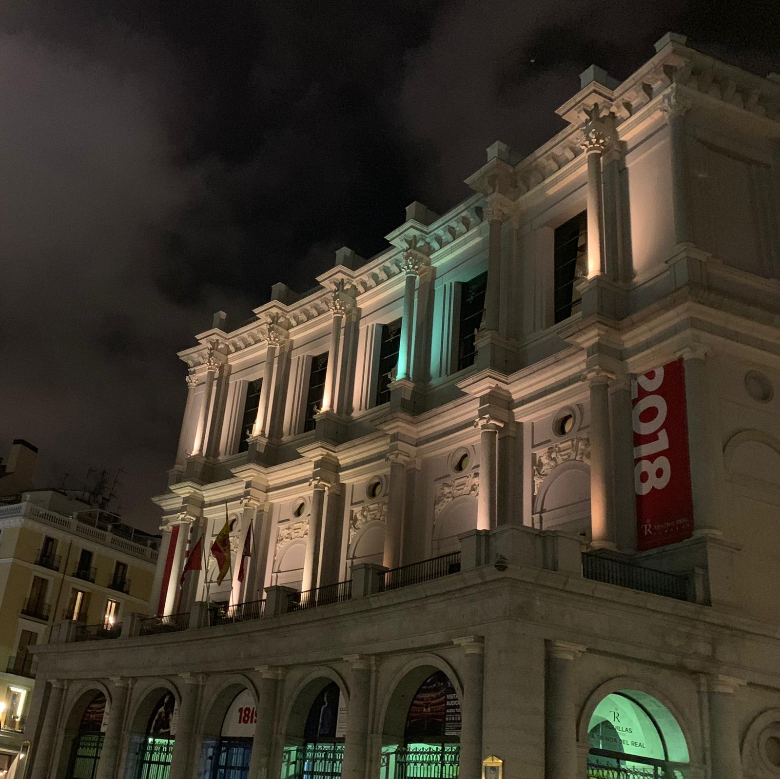 神韻演出被迫取消 馬德里觀眾趕來後落淚