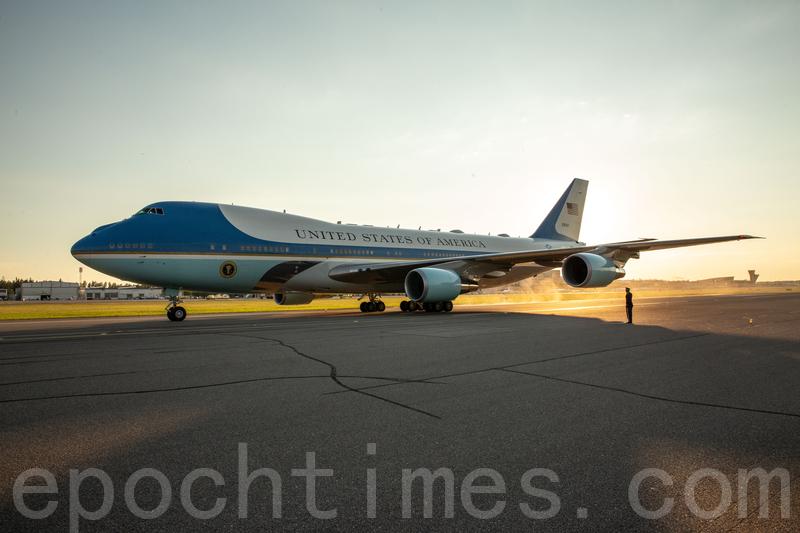 美國總統專用飛機「空軍一號」。(Samira Bouaou/大紀元)