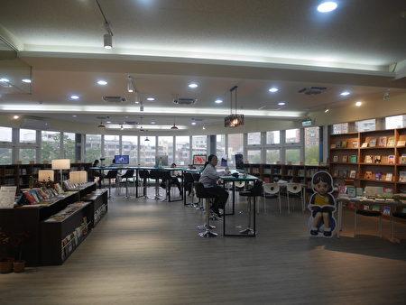 規劃樓中樓圖書館之第一層