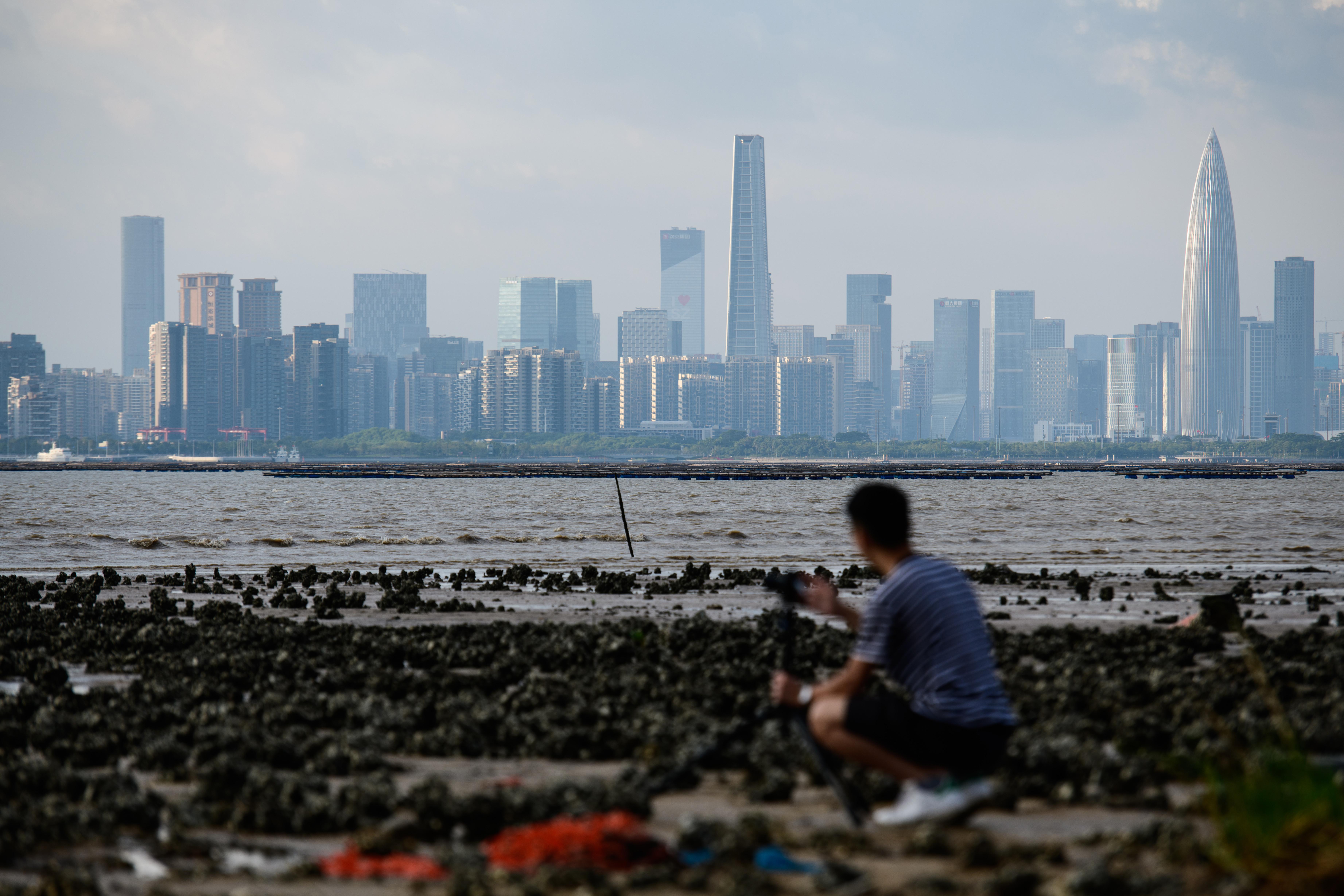 經濟持續疲弱 大灣區企業預計裁員降薪