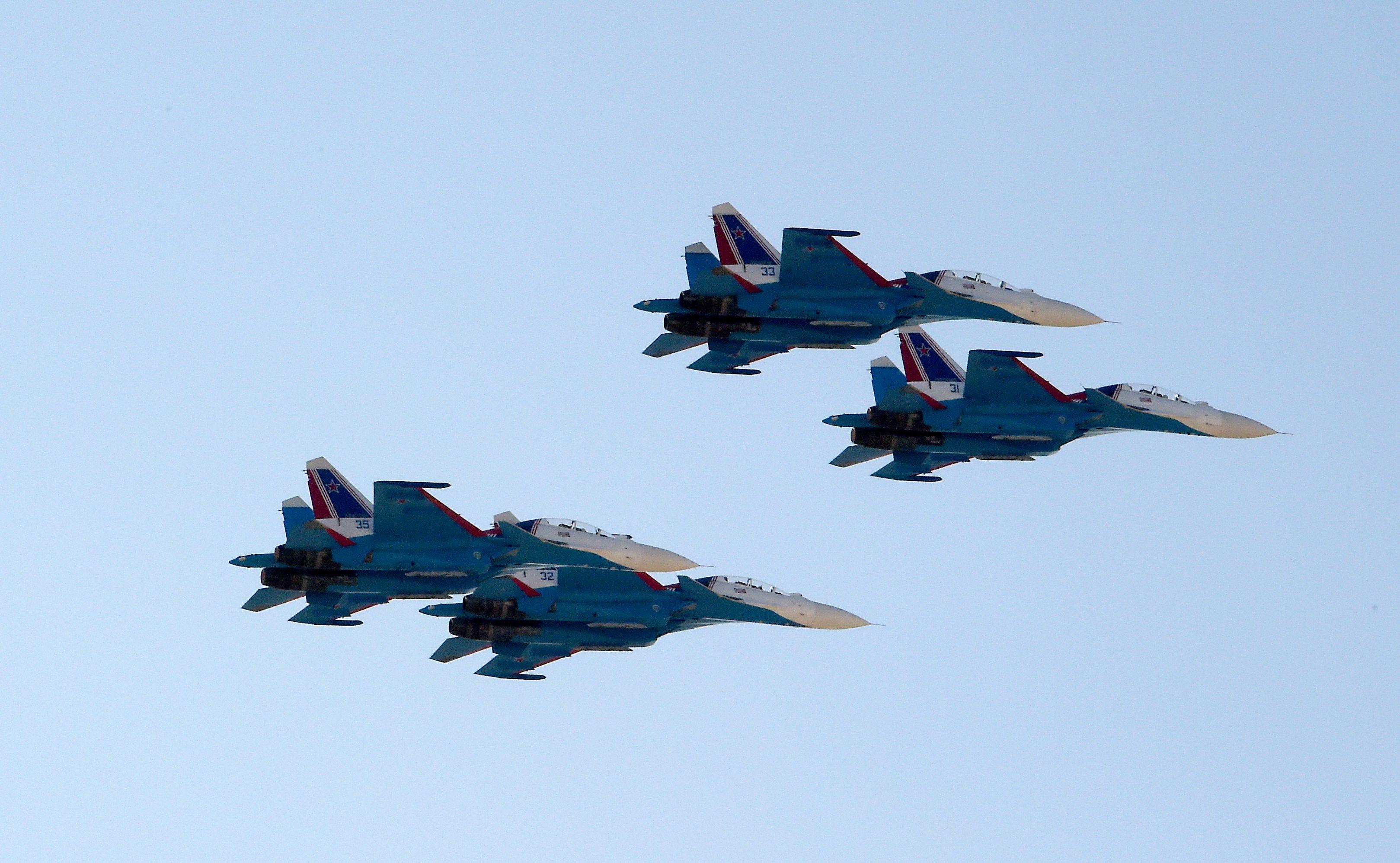 中共稱殲-16上塗料「幾乎隱形」 美媒:誇大