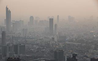 泰国政府出怪招 为减缓空污问题竟喷洒糖水
