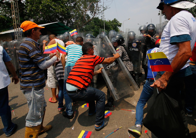 委內瑞拉局勢嚴峻 彭斯將與瓜伊多首次會面