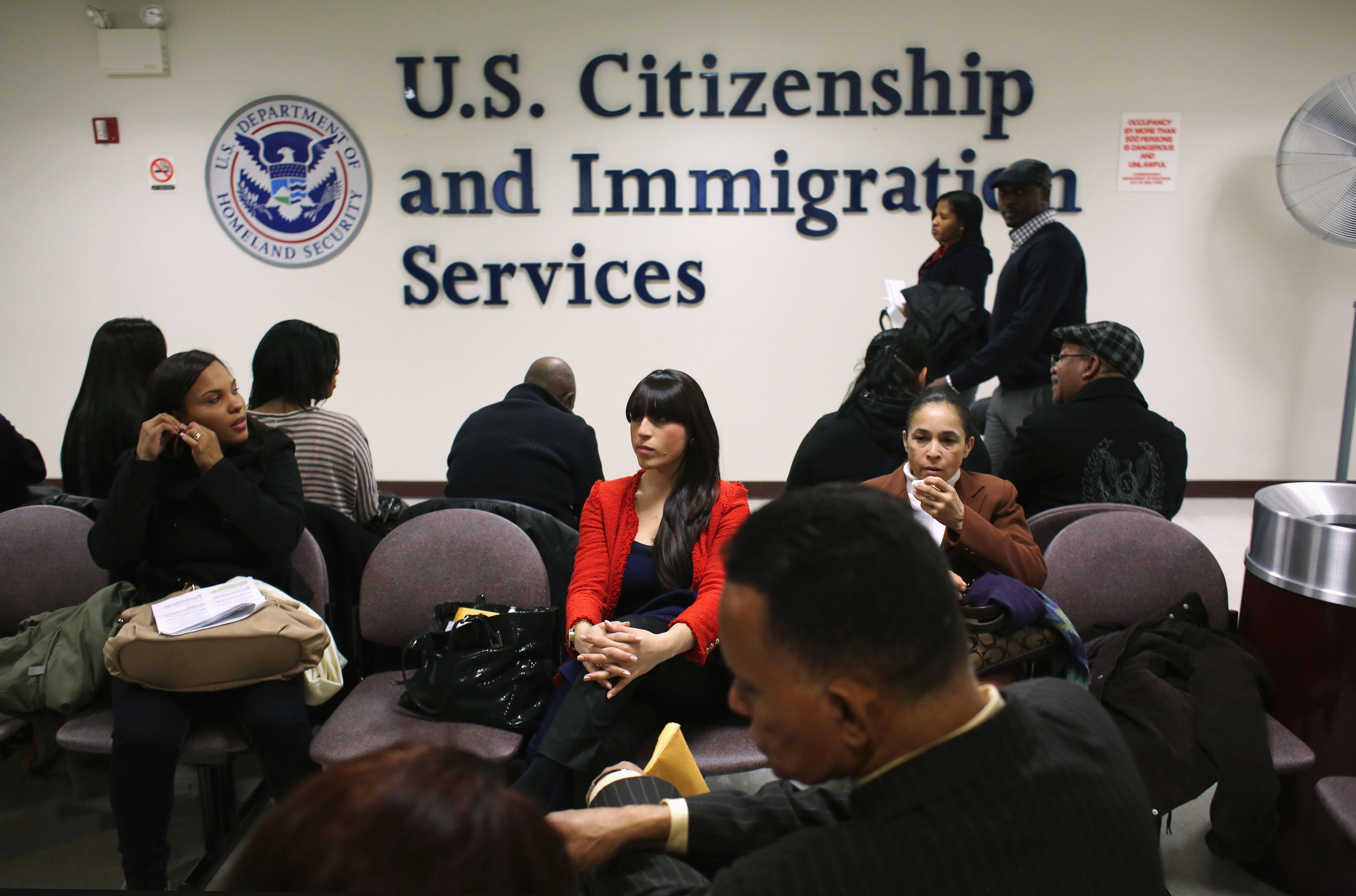 美國移民局收緊庇護申請者的工作許可