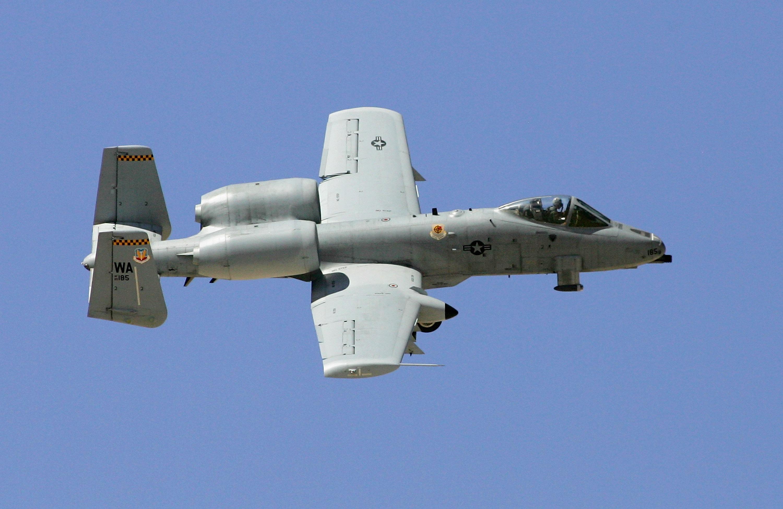 美A-10攻擊機強悍 中彈幾百次仍安全返航