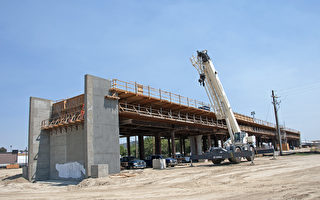 美联邦拟撤回9.29亿给加州高铁的拨款