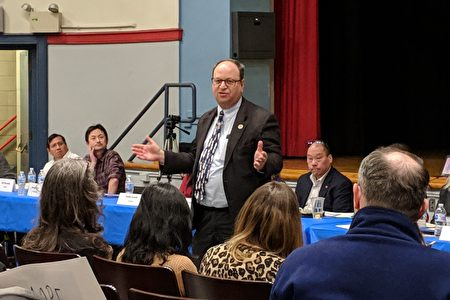 """郭登祺表示,取消考试""""对我的选区那些想进入特殊高中而勤奋学习的学生是不公平的""""。"""