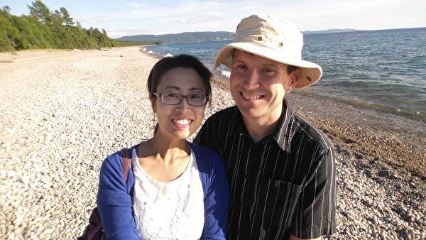 2016年7月28日,鴻雁、傑伊到達蘇必利爾湖邊。(本人提供)