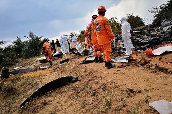 哥倫比亞境內一飛機墜毀 機上14人全部遇難