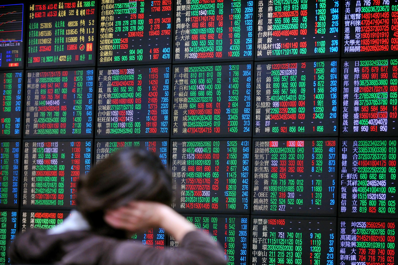 A股近來被外資持續賣出,有業界人士提醒投資者A股或許面臨下跌。圖為示意照。 (AFP)