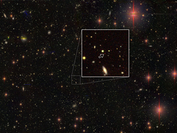 130億光年外 發現100個超大質量黑洞