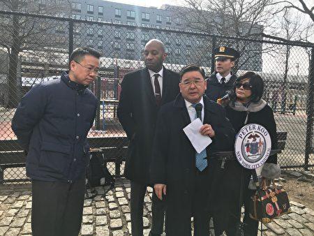 市议员顾雅明联合109分局、法拉盛BID及业主代表等召开记者会,宣布40路整治情况,并表达不会允许死灰复燃的情况再发生。