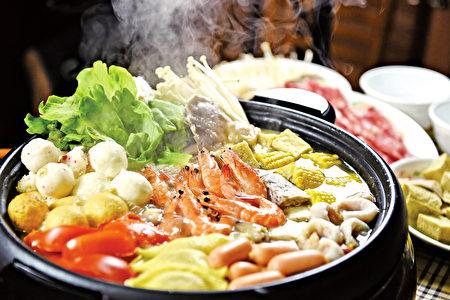 熱呼呼的火鍋,暖心又暖胃。