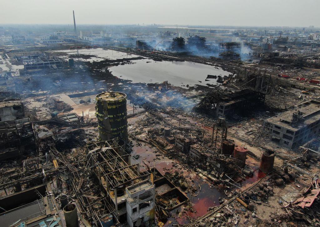 響水大爆炸頭七 受難者親屬維權被毆打轉移