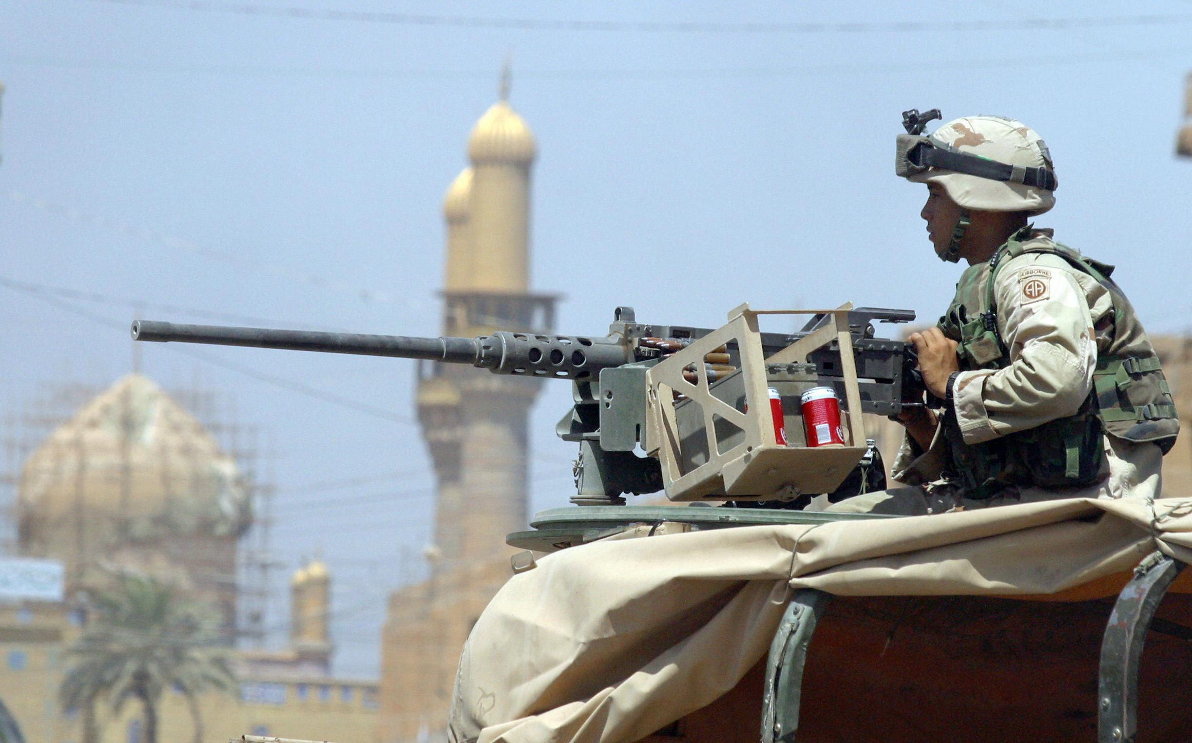 2003實戰畫面:美軍進行地面作戰 痛擊伊拉克