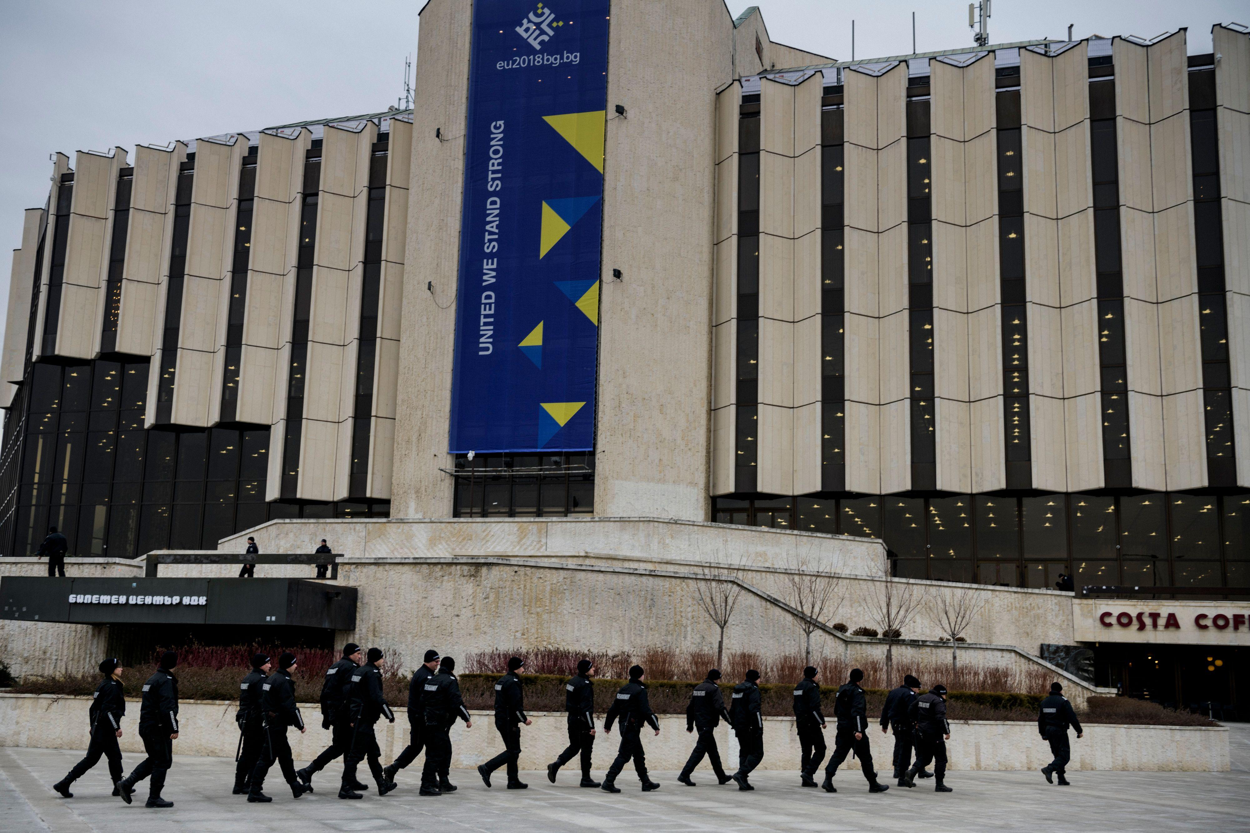 中國國家主席習近平定於下周訪問意大利和法國,在習近平抵達歐洲的前一天,歐盟將舉行歐洲理事會討論對華立場重大改變的政策。專家指出,美歐目前最優先事務是共同應對中共威脅。圖為2018年歐洲理事會召開地點。(DIMITAR DILKOFF/AFP/Getty Images)