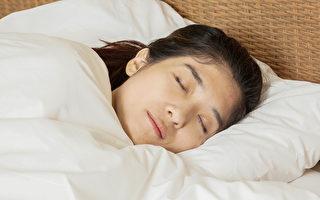 睡觉是养生重点。中医告诉你四季睡眠时间和助眠食疗方。