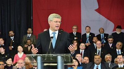 2013年2月19日,加拿大总理哈珀在大多伦多地区Aiwan Tahir社区中心,宣布成立宗教自由办公室,并公开关注法轮功遭受迫害的人权问题。(摄影:周行/大纪元)