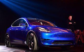 电动汽车特斯拉创办人伊隆·马斯克(Elon Musk)3月14日在洛杉矶发布全新的平价电动休旅车Model Y。(Frederic J. Brown/AFP/Getty Images)