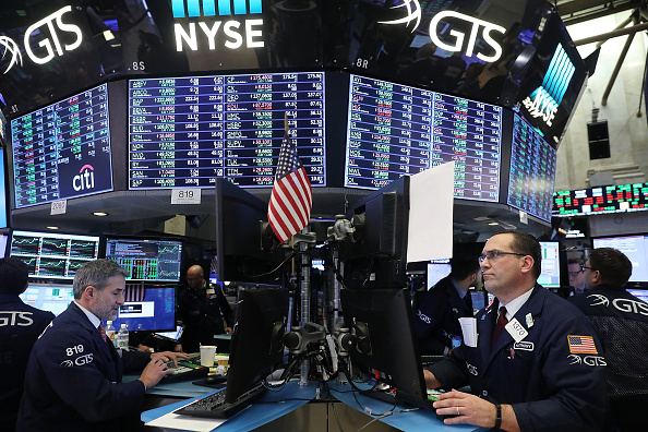 美國今年第一季度標準普爾500指數(S&P 500)上漲了11.9%,是2012年以來的最佳季度表現。(Spencer Platt/Getty Images)