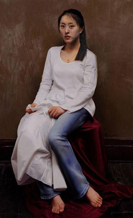 亦真,《新裝》,2008年第一屆大賽銀獎作品。(新唐人全世界寫實人物油畫大賽組委會提供)