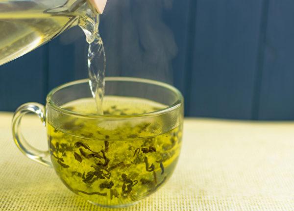 一些科學文獻作證,綠茶等抗癌食物可通過表觀遺傳影響到癌症的預防與治療。(Shutterstock)