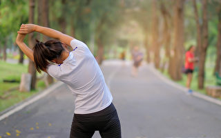 午睡10分钟就改善疲劳 消除疲劳的7个方法