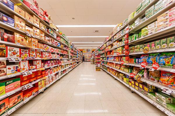 近期一份研究顯示:每多攝取10%的超加工食品,早逝風險增加14%。(Tooykrub / Shutterstock)