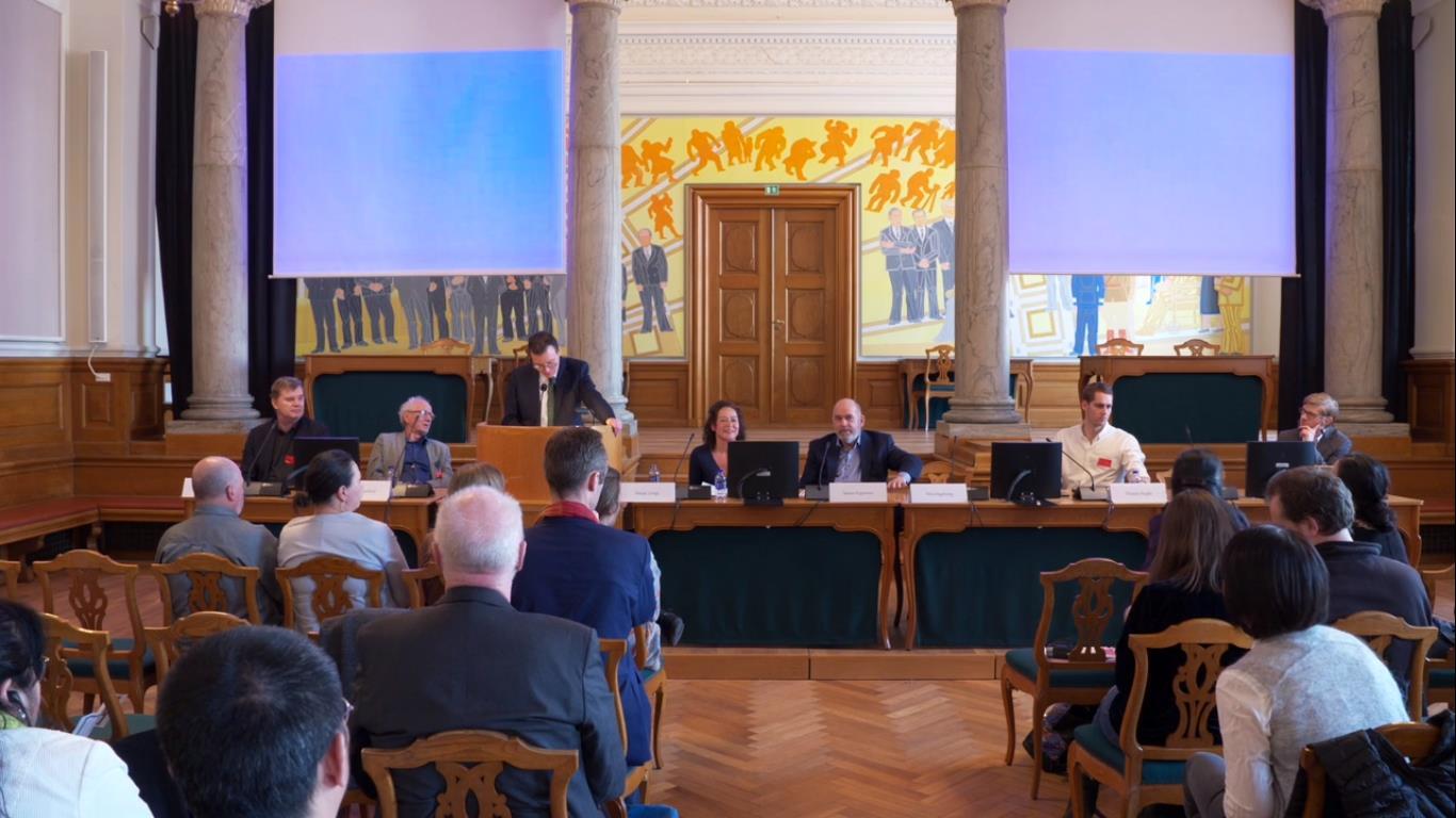 4月4日,由丹麥議員主持的一個研討會在國會召開,來自丹麥各界的專家學者紛紛發言,對中共深度滲透和干涉丹麥文化、經濟、外交、學術等領域進行了分析和揭露。(Tobias/大紀元)