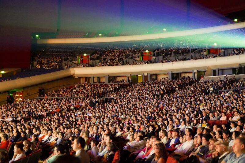 神韻墨西哥九千人共賞 觀眾體驗神的賜予