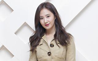 """韩国人气女团""""少女时代""""成员俞利资料照。(Chung Sung-Jun/Getty Images for Burberry)"""