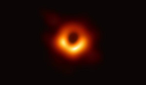 黑洞照首发布 台中研院支援3座望远镜助观测