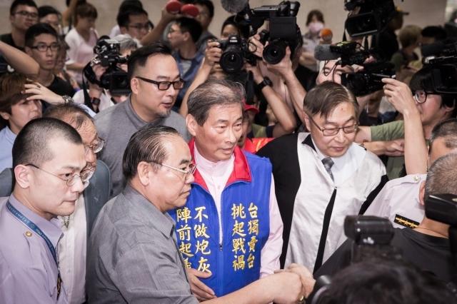 中共武統論者李毅訪台 內政部:限今日出境