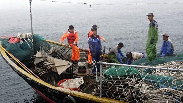 中国渔船趁雾越界 遭马祖海巡查扣