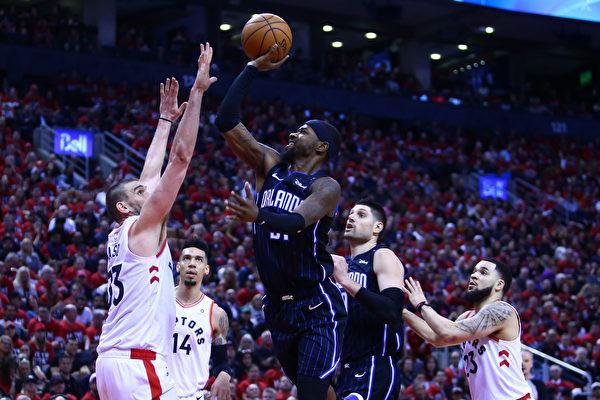 NBA季后赛 东部诸强混战 西部马刺胜掘金
