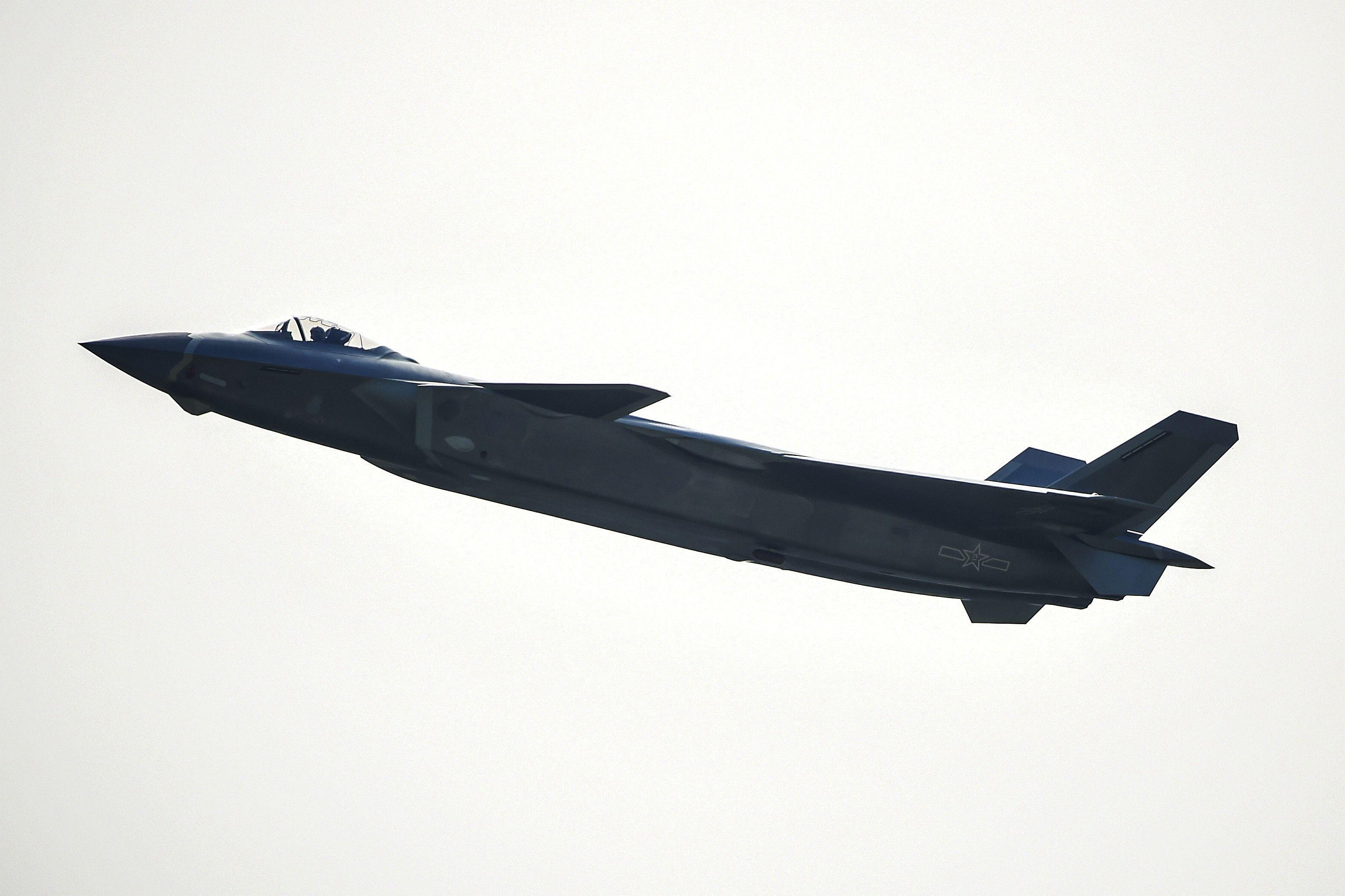 為甚麼俄羅斯看不起中共「殲-20」戰機?