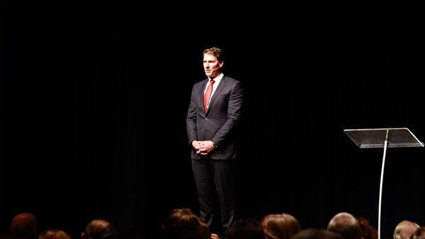 3月30日,澳洲保守黨領袖貝爾納迪(Cory Bernardi)在維州保守黨會議上發言。(Grace Yu/大紀元)
