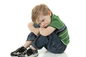 """教养的真相:常被提醒的孩子 有""""习得无助感"""""""