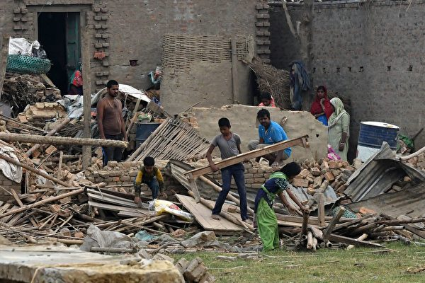 尼泊爾遭嚴重雷雨襲擊 至少25人死400人傷