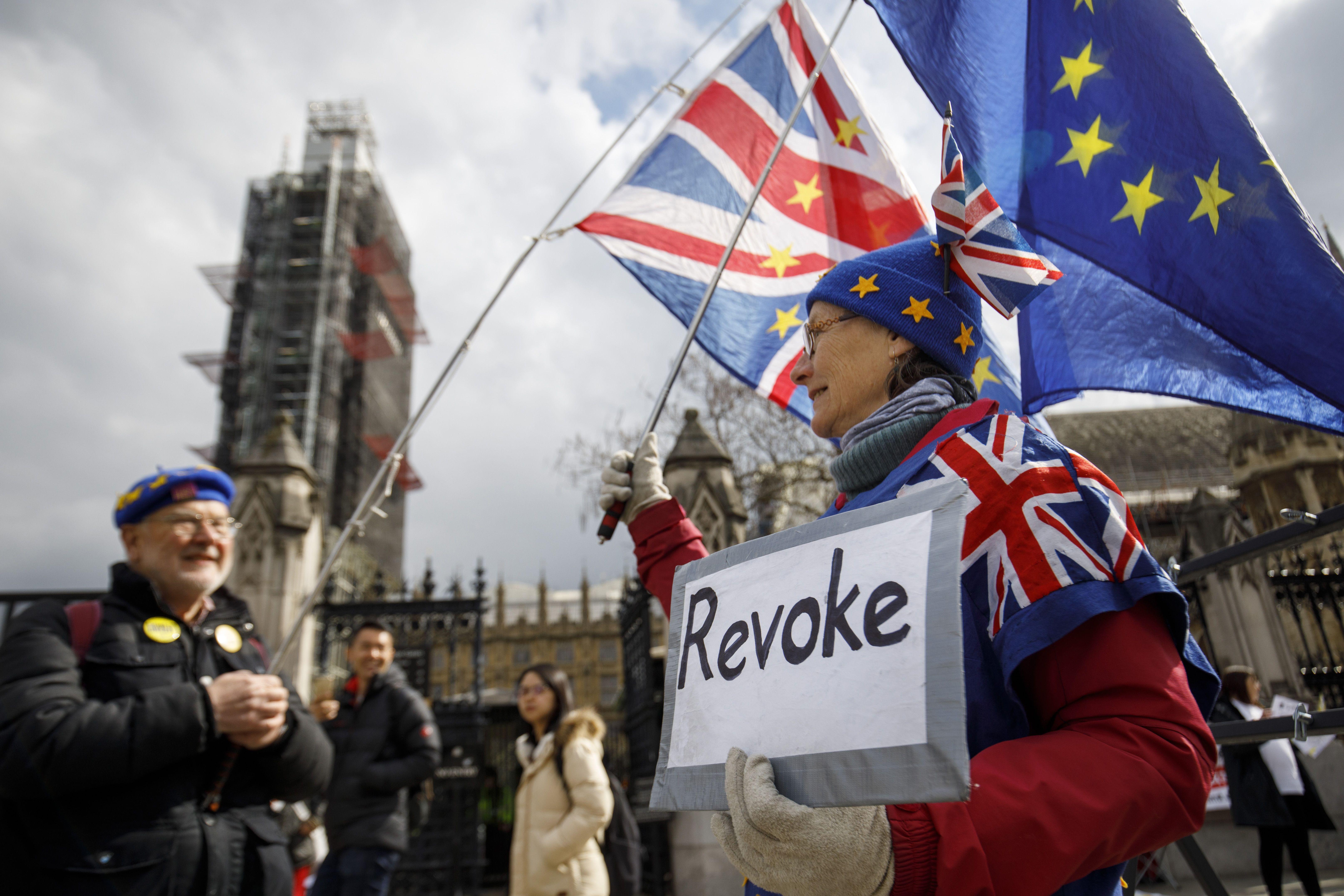 無協議脫歐風險大 英首相尋求與工黨合作