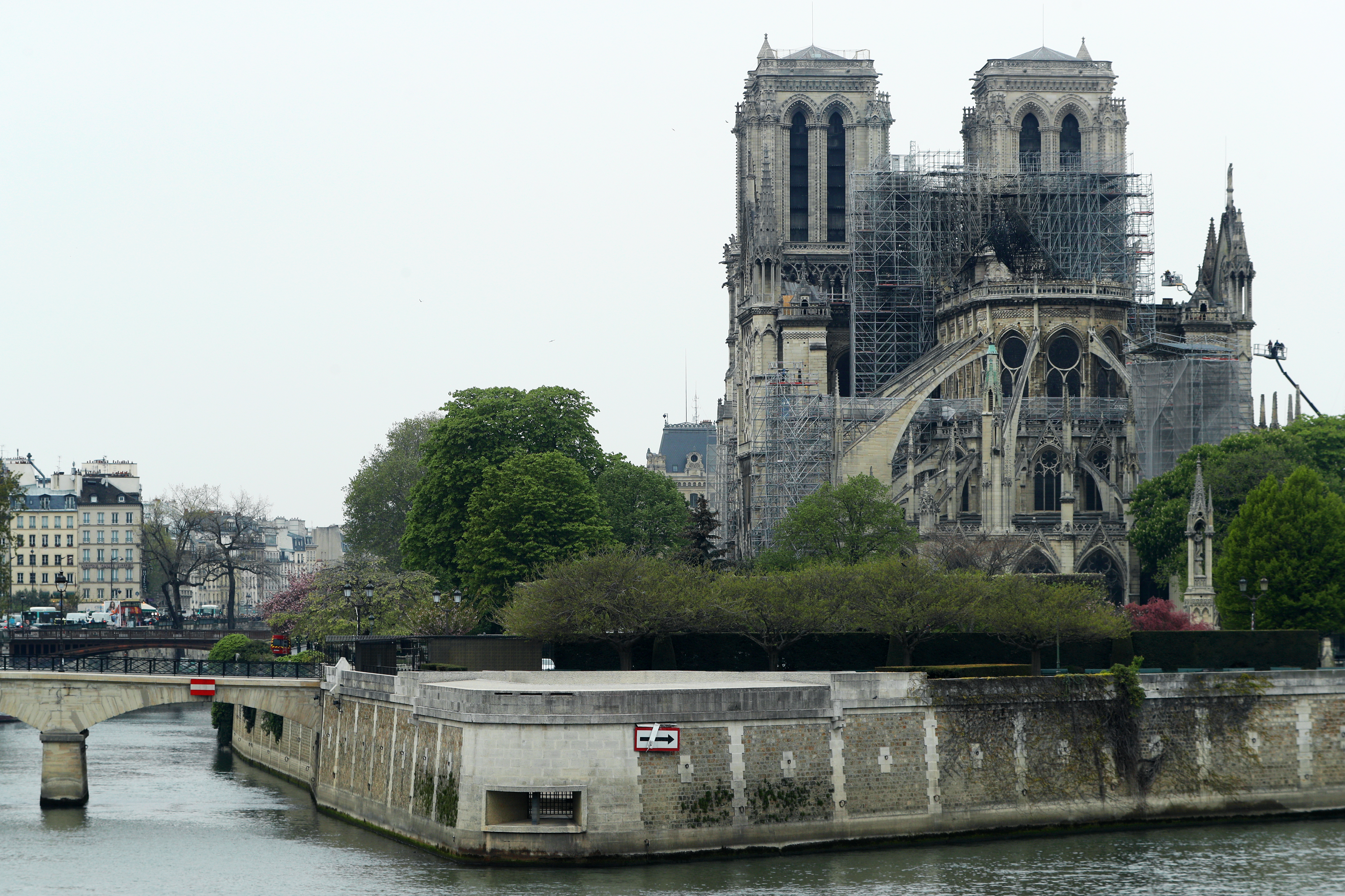 巴黎聖母院大火原因 檢察官:屬意外事故