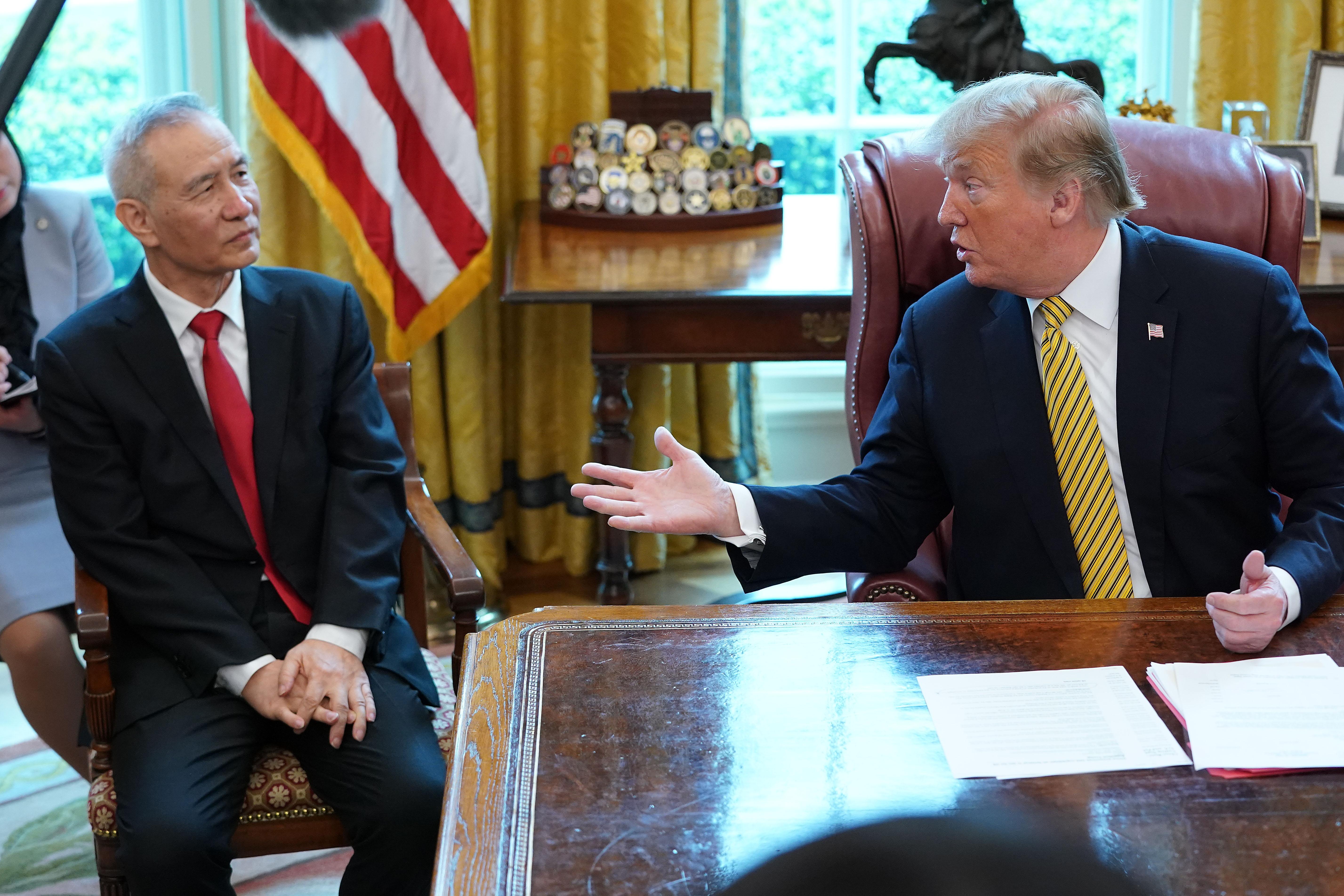 中美貿易談判卡在關稅 特朗普直接與劉鶴談